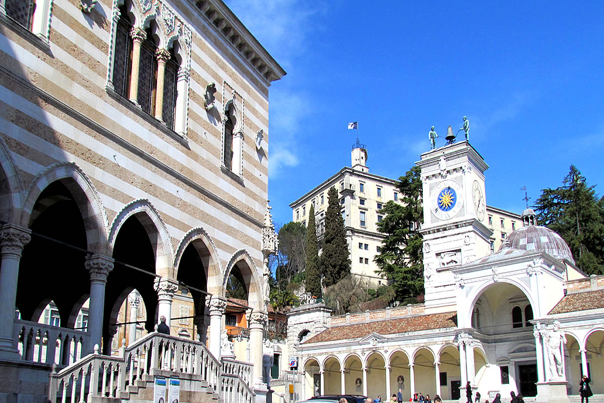 Udine Piazza Contarena view of Loggia San Giovanni Castello and castle