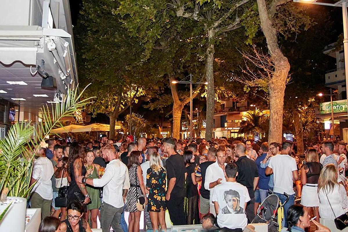 Tango Cafè, night club in Sabbiadoro